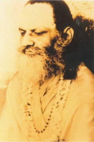 *** Гуру Дэв — Свами Брахмананда Сарасвати Шанкарачарья Джйотир-Матха ***